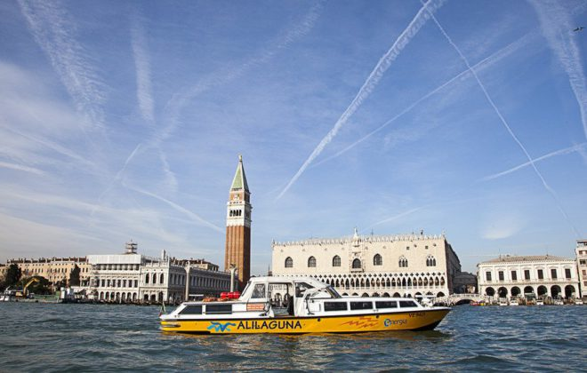 barco eléctrico Venecia